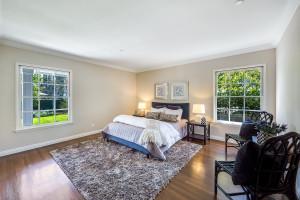 022 - Guest bedroom