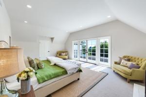 025 - Master Bedroom
