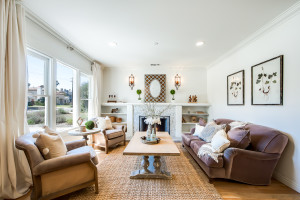 004 - Living Room